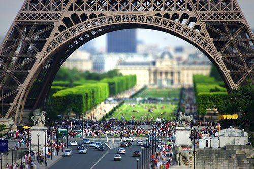 Eiffel Tower by ArnarBi